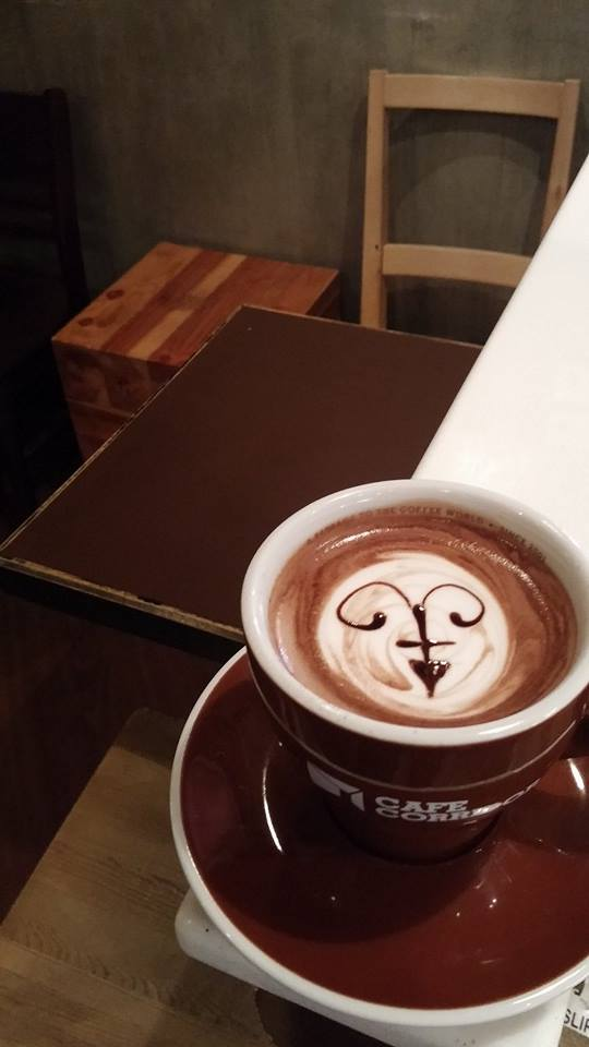 source: cafe corridor
