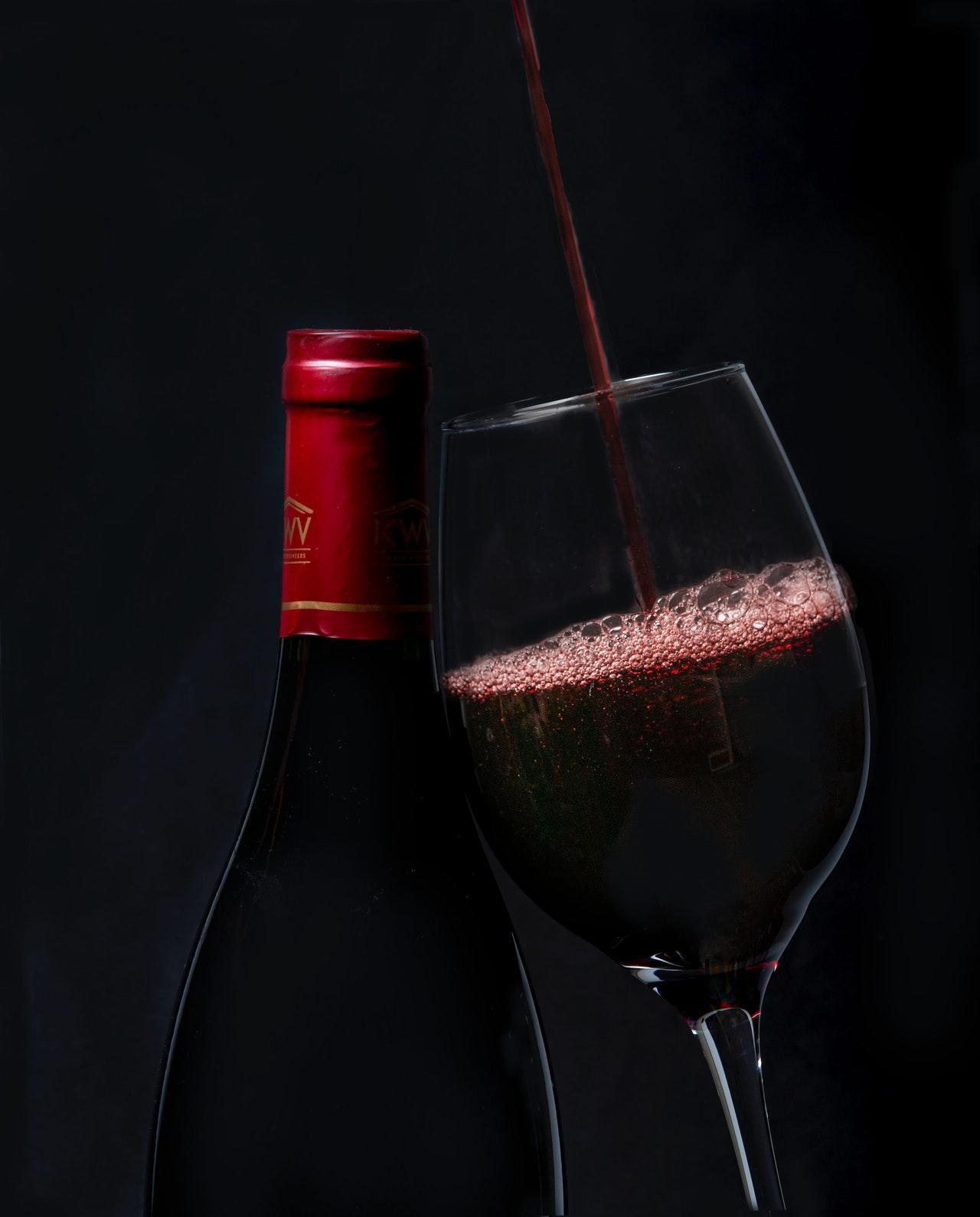 Hong-Kong-wine-bottle