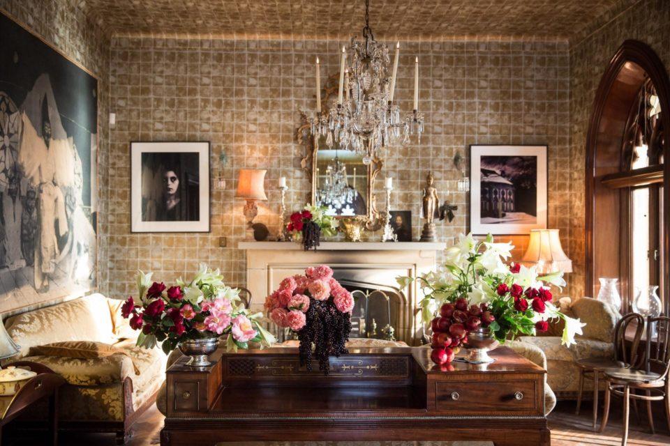 elegant-interior-living-room