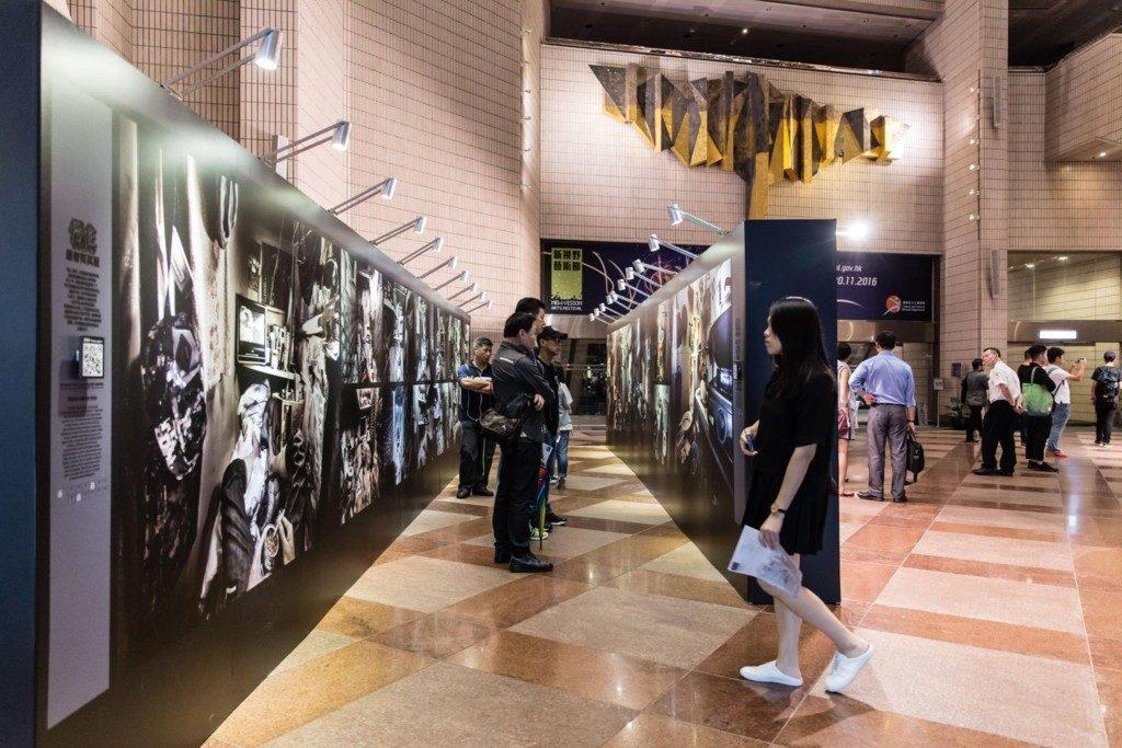 《侷住》攝影展將揭露香港貼地房屋問題,展出共六個系列超過五十幅相片。圖片來源:SOCO Trapped 侷住。